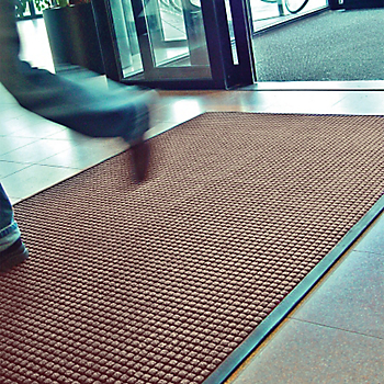 Guzzler™ Entrance Mat